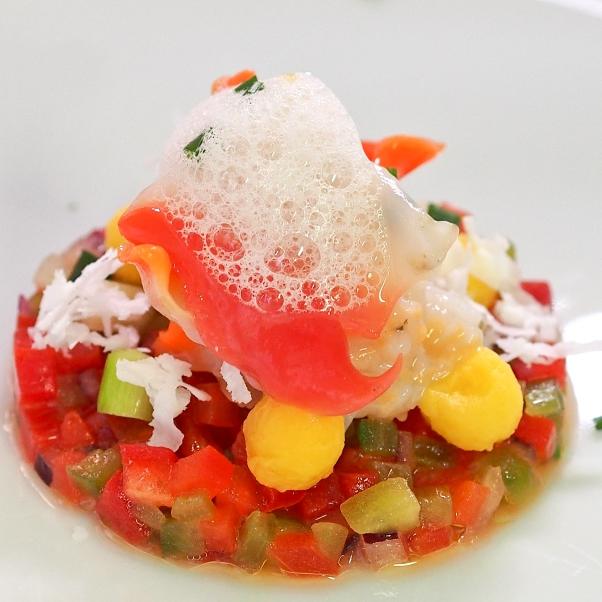 Concha de la Costa con Pipirrana de Verduras y Frutas con Aire de Cítricos